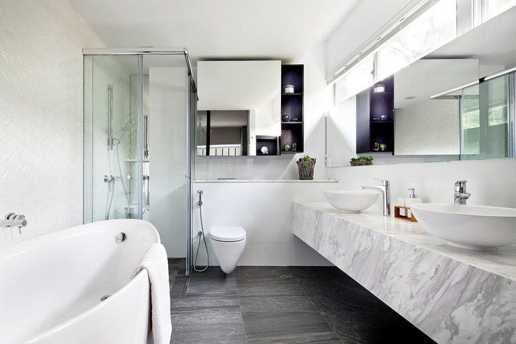 Keeping A Tidy Bathroom = Mission Impossible?